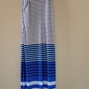 Glamour maxi dress with stripes and floral print